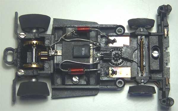 oerk 39 s carrera servo seite chassisvarianten. Black Bedroom Furniture Sets. Home Design Ideas